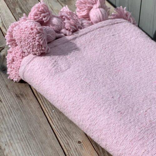 Pompom teppe rosa