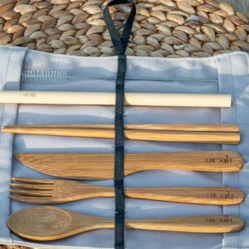 Bestikk i tre bambus sugerør